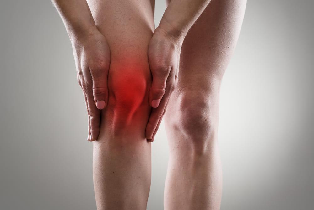 Symptoms of acute knee pain